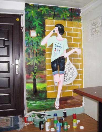 什么场合适合使用墙体彩绘作为装饰?